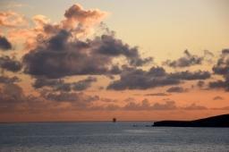 Kristallinkirkkaiden vesien ja jylhien maisemien Malta