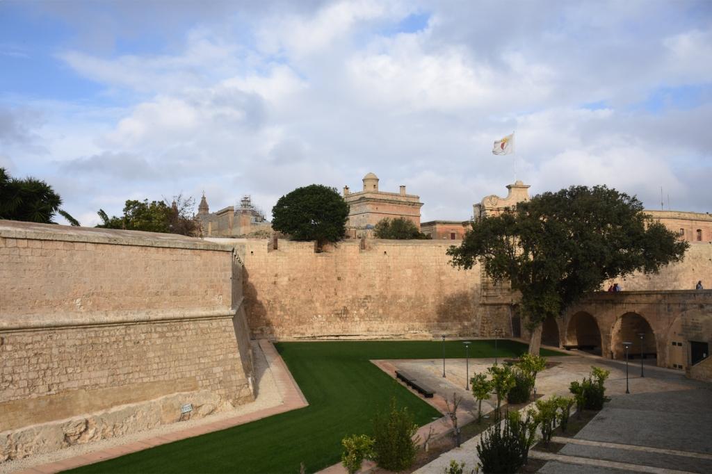 Mdinan muurit ja portti