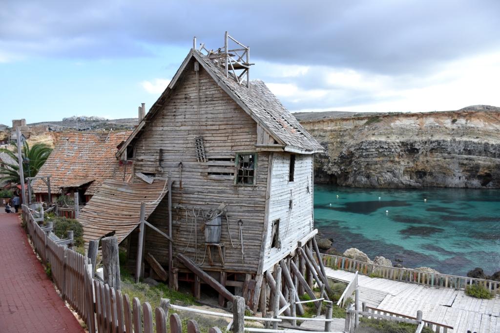 Ränsistynyt talo Kippari-Kallen kylä