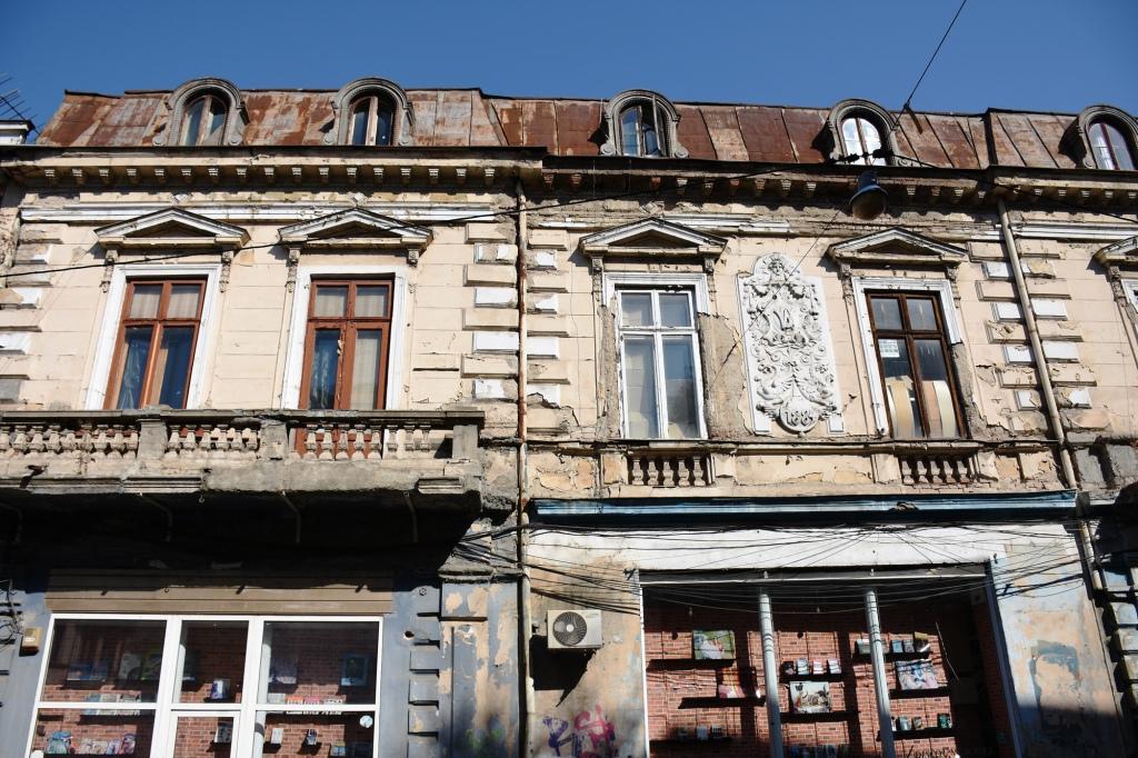 Bukarest Vanhakaupungin julkisivua