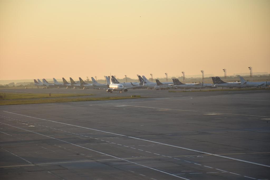 Henri Coandă -lentokenttä