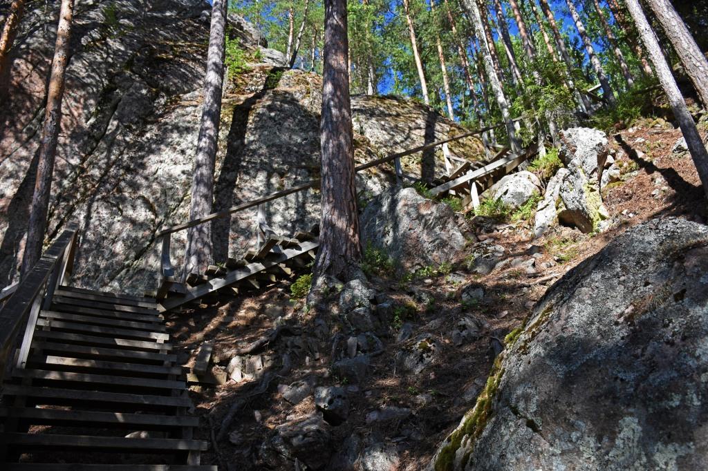 Repovesi - Katajavuoren portaat