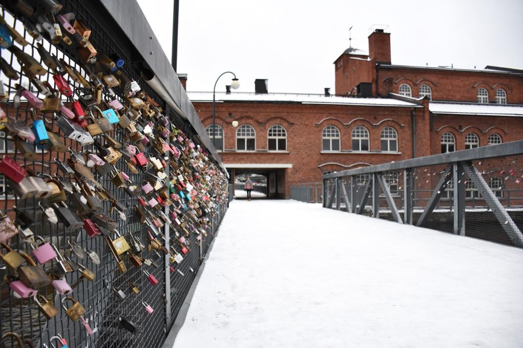 Tammerkosken silta rakkauslukot