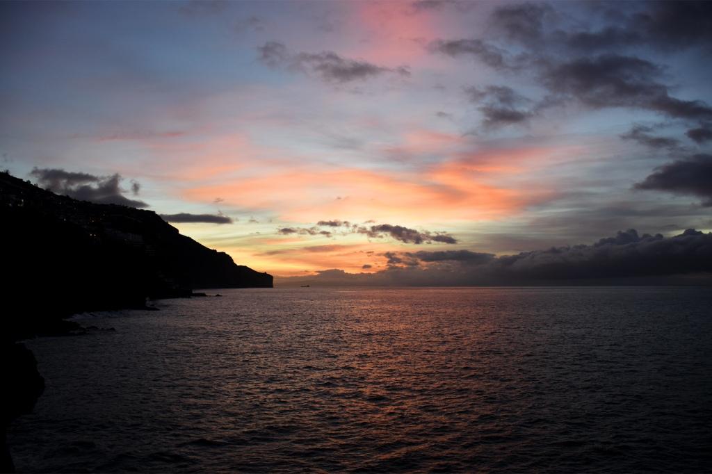 Madeira auringonnousu oranssi
