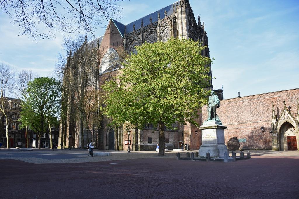 Utrecht Domplein-aukio