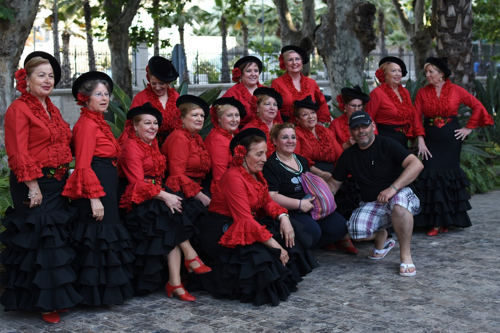 Flamenco-seniorit Malagan puistossa