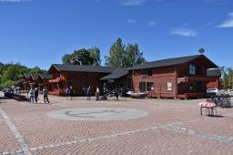 Merenkulun historiaa ja tunnelmallisia suola-aittoja Loviisassa