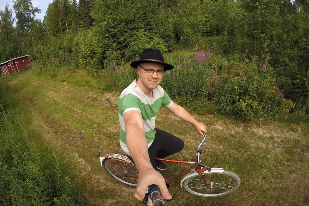 Mökkipyöräilyä