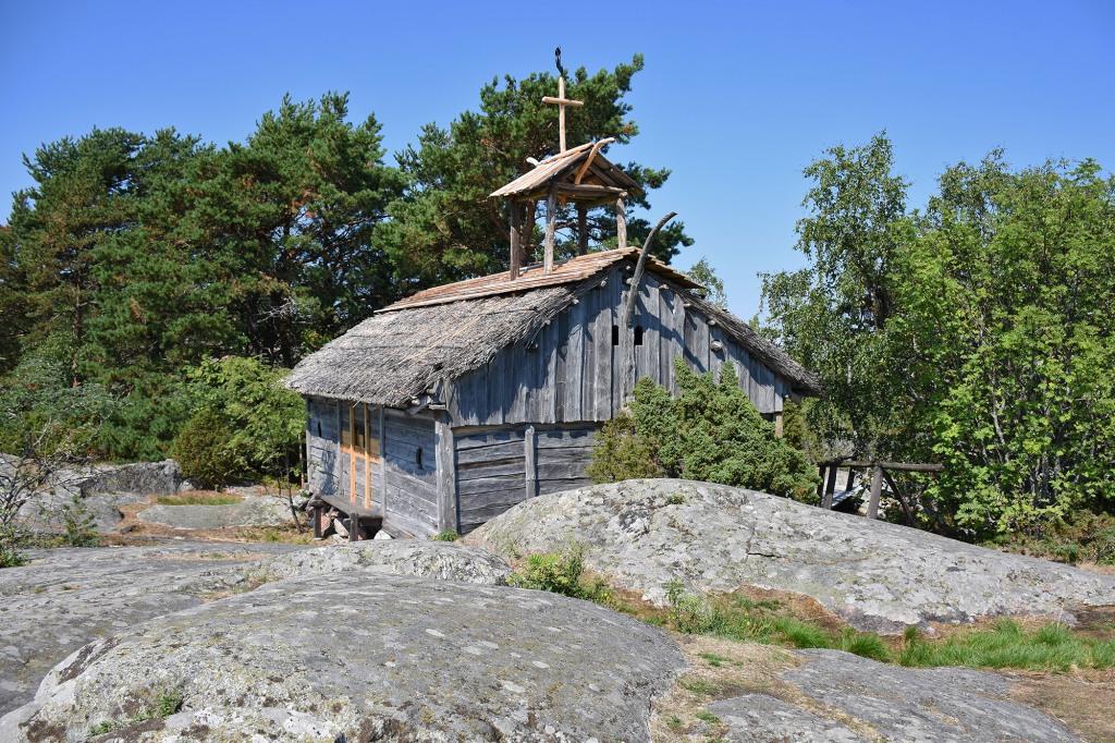 Rosalan Viikinkikeskus - Helga-kappeli