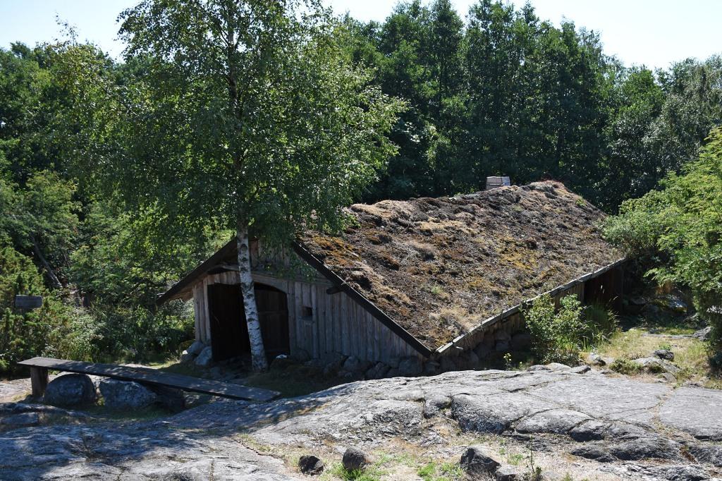 Rosalan Viikinkikeskus - Idänkävijän talo