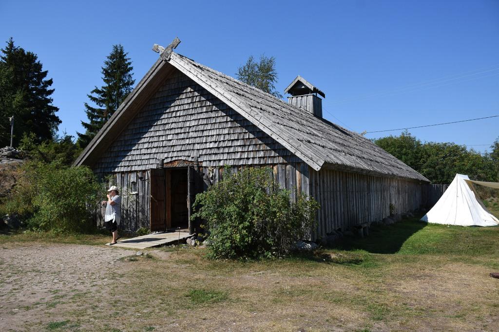 Rosalan Viikinkikeskus - Päällikön halli