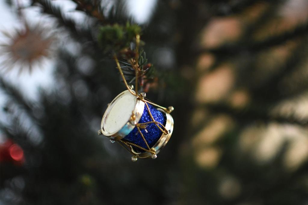 Rumpu joulukuusen koristeena