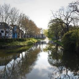 Paluu risteilevien kanaalien kaupunkiin, Utrechtiin