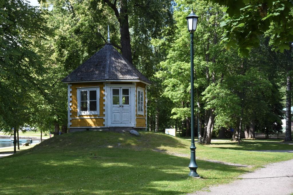 Heinolan Rantapuiston huvimaja
