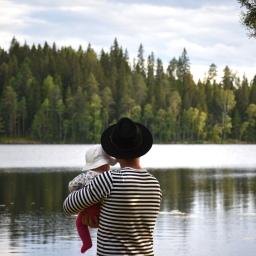 Kesäloma puolivuotiaan vauvan kanssa