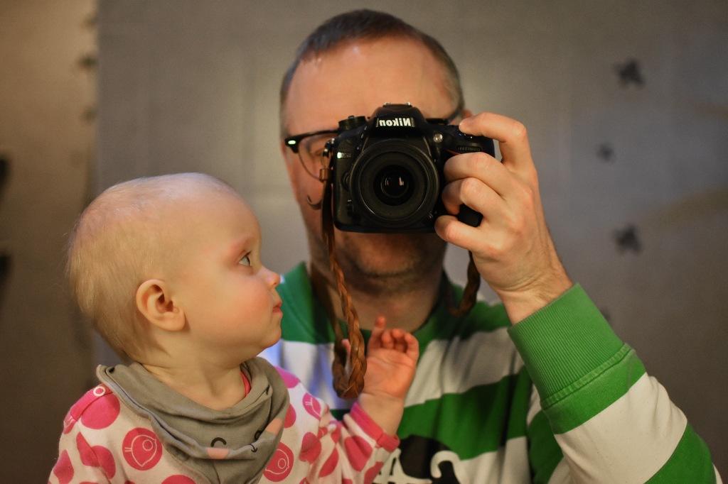 Isä ja tytär peilissä