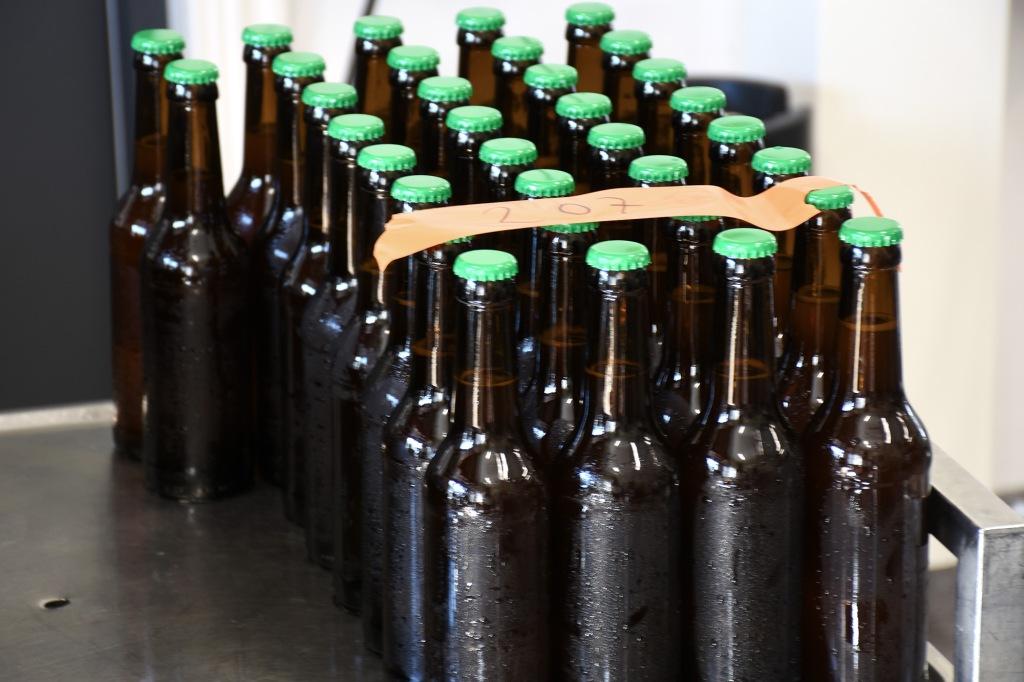 Kråkö Bryggerin oluterä valmiina etikettejä varten