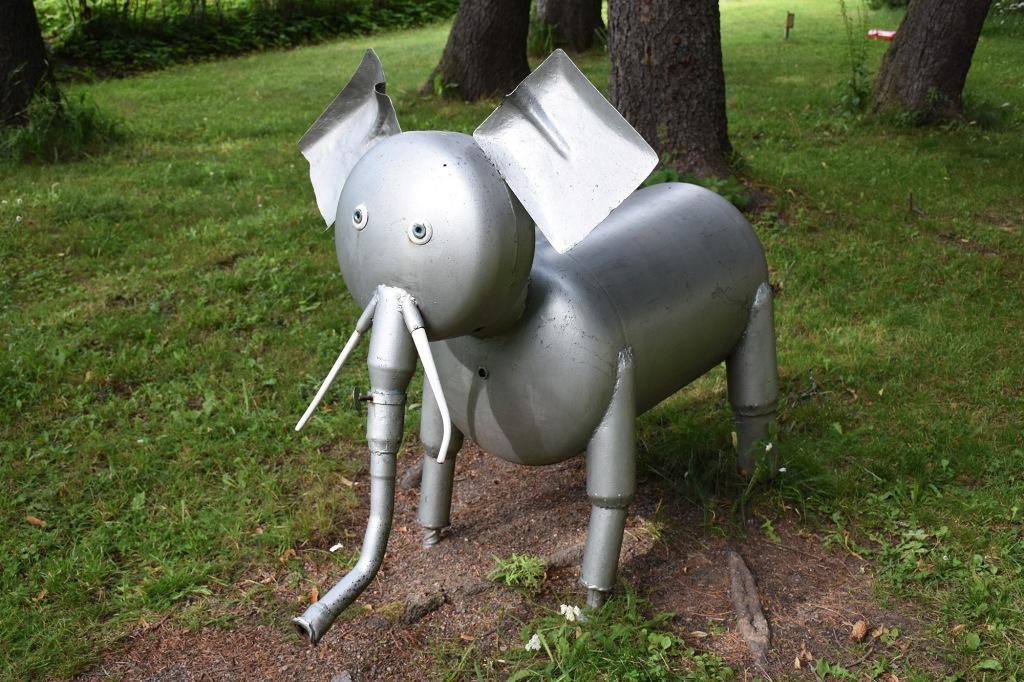Dorkin puiston norsu