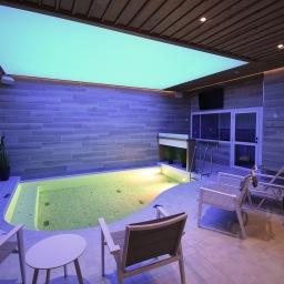 Rentouttava kylpylähetki Vuokatin Aatelin Zen Spa:ssa oman perheen kesken