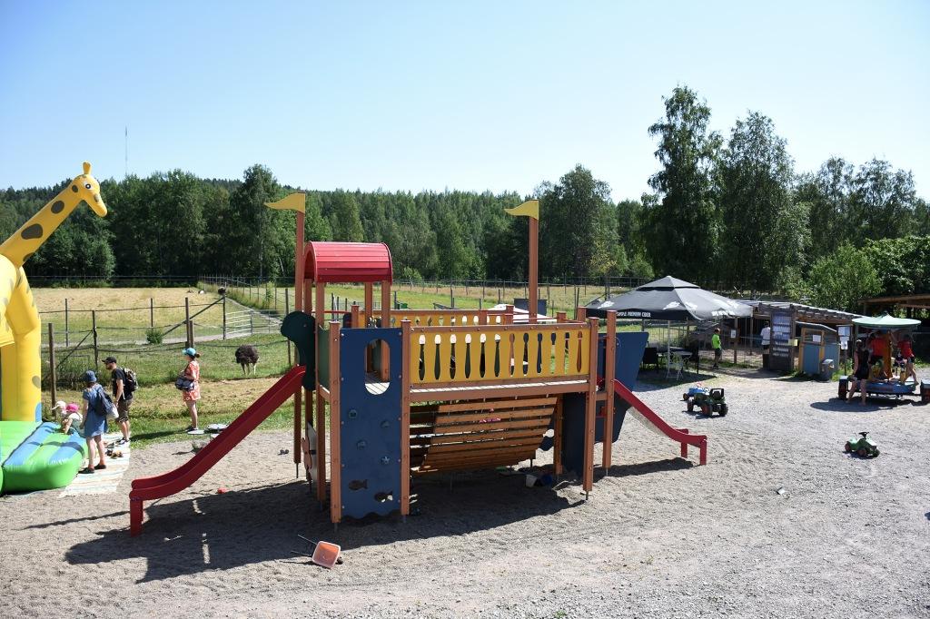 Kilkkilän farmin leikkipaikka